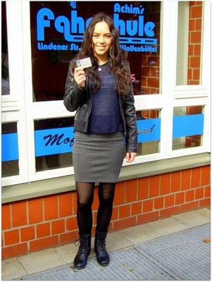 Alexandra Bartsch hat ihren B-Führerschein seit dem 28.04.15!