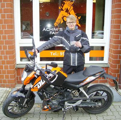 Paul Schoenrock hat seinen A1 Führerschein seit dem 09.11.16