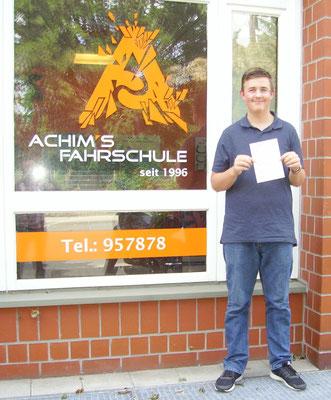 Domenik Jemand hat seinen B Führerschein seit dem 07.08.2017