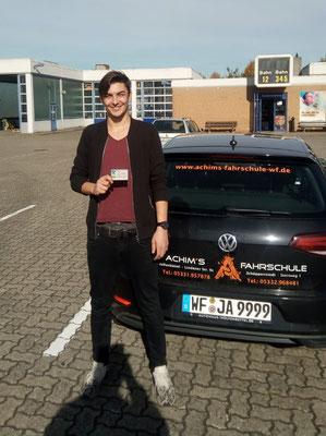 Clements Umbach hat seinen B-Führerschein seit dem 08.10.2018!