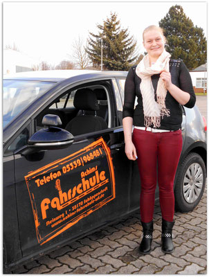 Jenny Schröder hat ihren B-Führerschein seit dem 07.01.15!