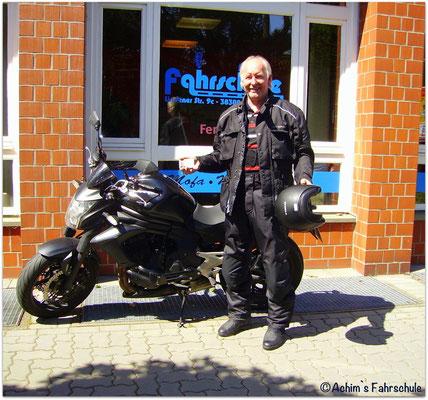 Herbert Adamski hat seinen A2S-Führerschein seit dem 05.06.15!