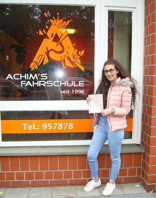 Pelin Kudoban hat ihren B Führerschein seit dem 28.12.16