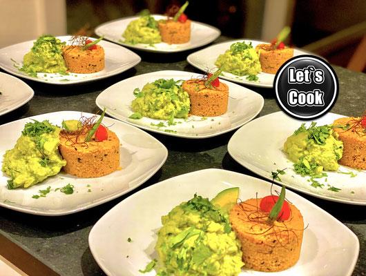 Avocado-Couscous Salat orientalisch mit Koreander...