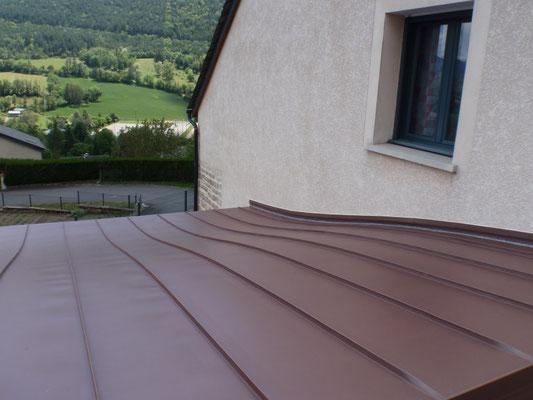 St Bauzile (48), zinc pigmento rouge