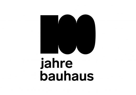 """Nachfolgend einige Einblicke in die aktuellen """"100 jahre bauhaus-Projekte"""" an der Akademie für Kommunikation Mannheim."""