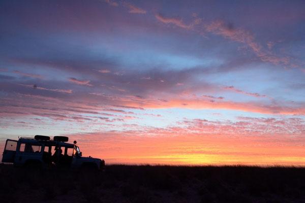 Variations d'un ciel saharien après un coucher de soleil. © Michel AYMERICH