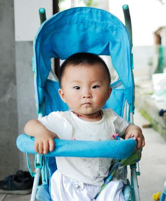 Zhang Shuwan, la petite fille de mon guide ©Michel AYMERICH