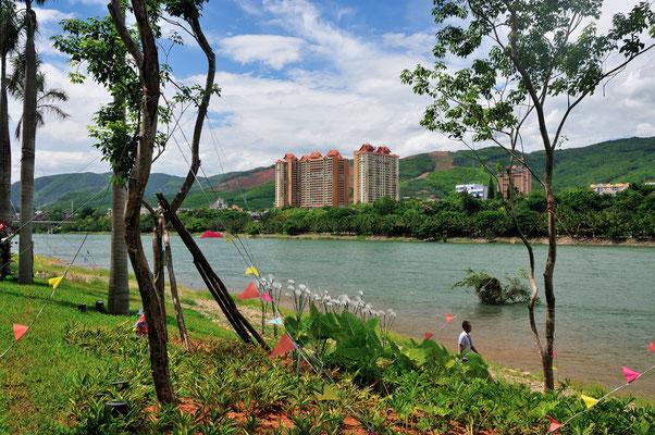 Le Mékong à Jinghong  dans le Xishuangbanna (Yunnan), Chine 2017 ©AYMERICH Michel