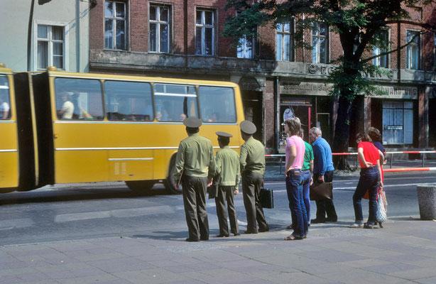 Militaires soviétiques à Potsdam © Michel Aymerich