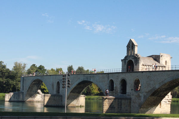 Brücke von Avignon  - © France Fascination
