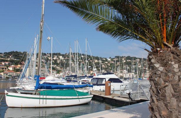 ^kleiner Hafen Côte d'Azur