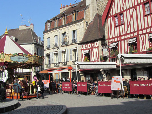 Place de la Halle, Beaune