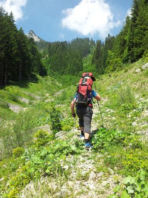... oder im Sommer mit Kraxe - immer eine Wanderung wert!