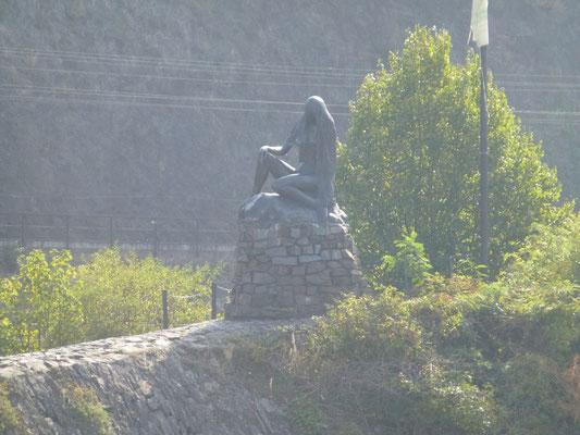 Bronzestatue Loreley der Bildhauerin Natascha Alexandrova Prinzessin Jusopov