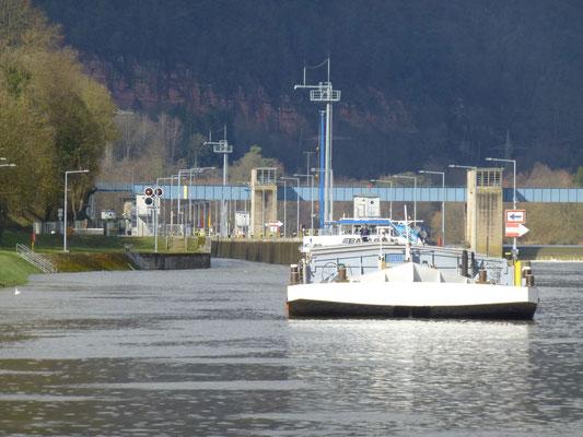 Schleuse Freudenberg, Unterwasser