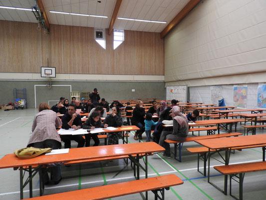"""Während der """"Deutschstunde"""" in der Sporthalle der BBS Cadenberge"""