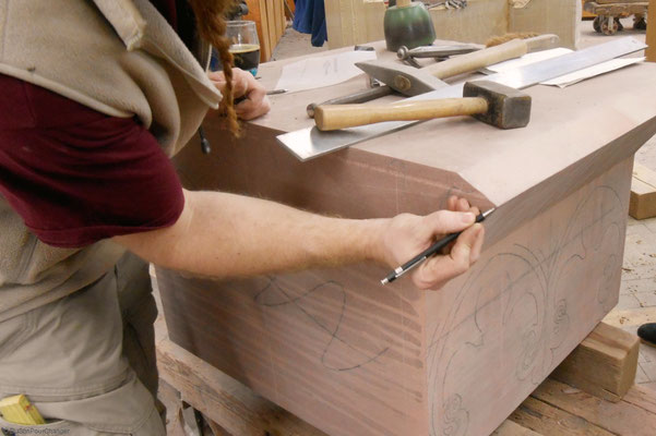 Tailleur de pierre, aux ateliers de la Fondation de l'Oeuvre Notre-Dame (Strasbourg)