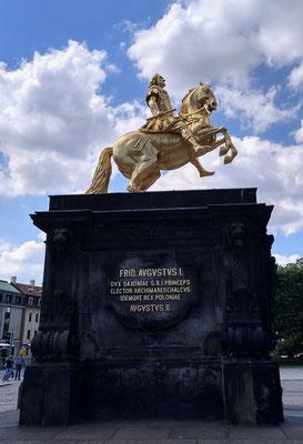 der Goldene Reiter, Friedrich Augustus der Erste