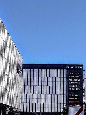 das Einkaufszentrum Galaxy mit Tiefgarage