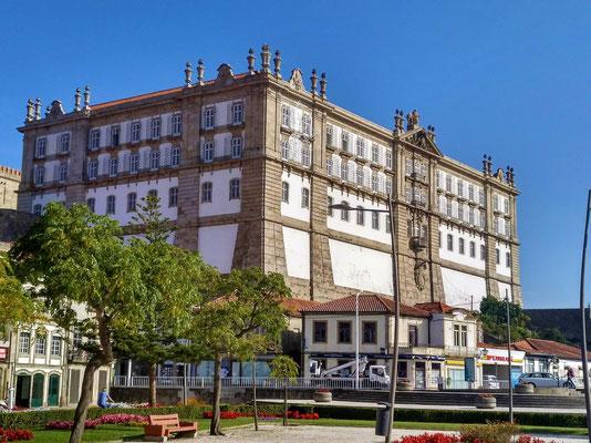 das Kloster Santa Clara