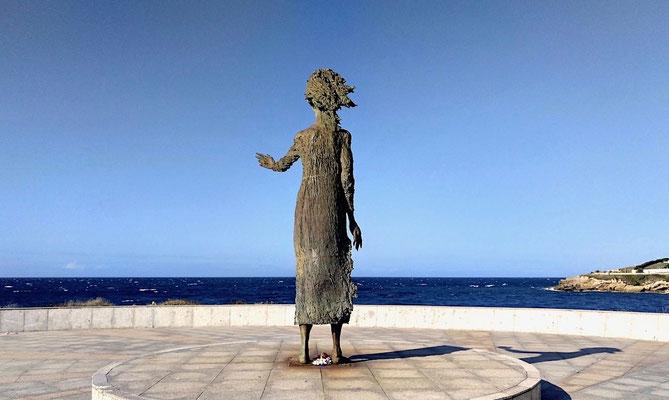 ... schuf der Bildhauer Ramón Muriedas