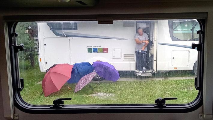 Blick aus dem Küchenfenster am 2. Tag