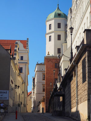 das Stettiner Schloss von einer Nebenstraße aus