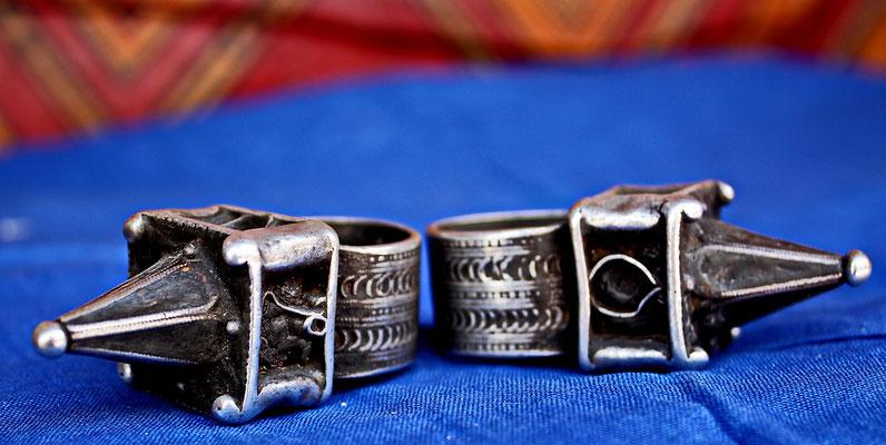 Coiffure-rings, Anti-Atlas
