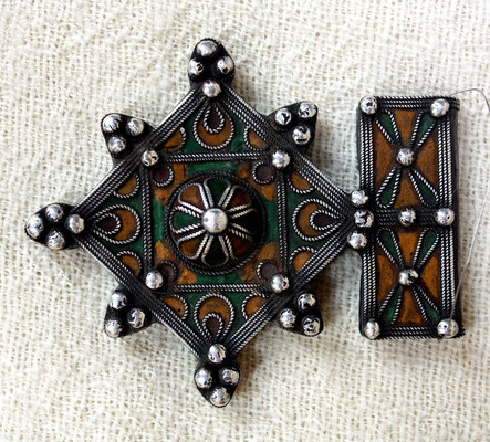 Berber cross