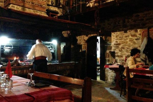 Restaurant traditionnel albanais.