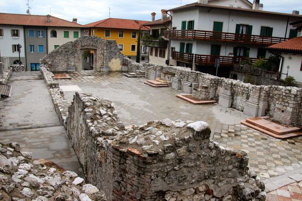 Gemonia del Friuli (ruines d'une église)