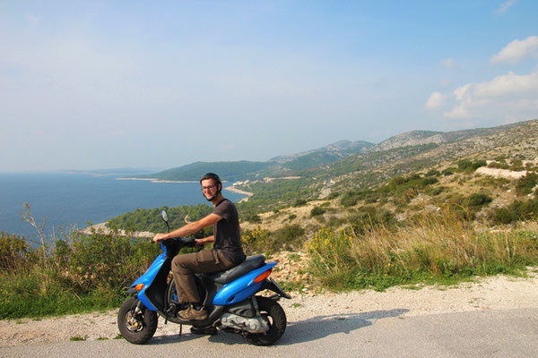 Île d'Hvar à scooter