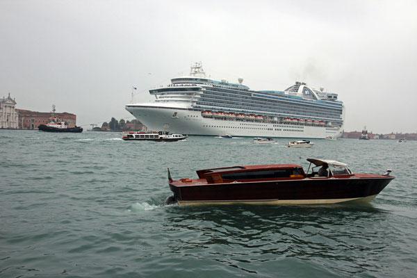 Venise, Petit bateau