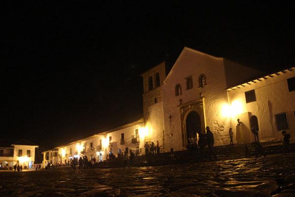 Place centrale, Villa de Leya