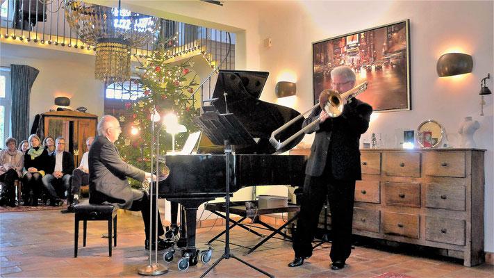 """Thomas Lindt und Betin Günes bei der Uraufführung der """"Elegie"""" für Posaune und Klavier von Günes"""