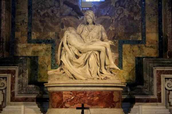 Die Pieta von Michelangelo