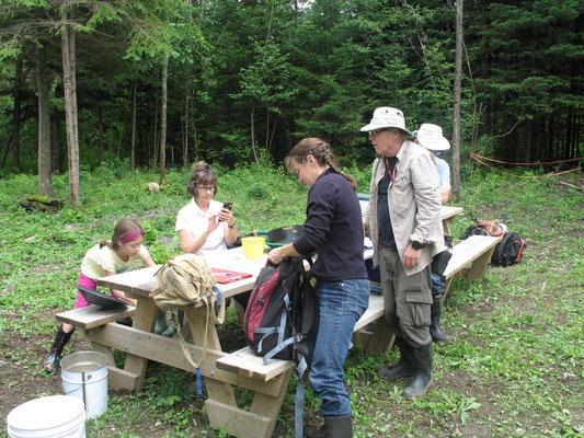 L'heure du lunch, c'est une activité sociale des participants...