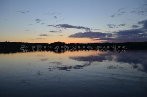 Sonnenuntergang am See ... bei Målilla ...