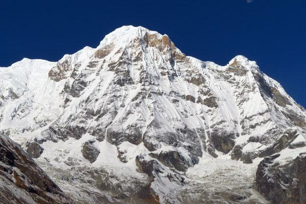 Der wunderschöne Bharha Chuli, 7647 m