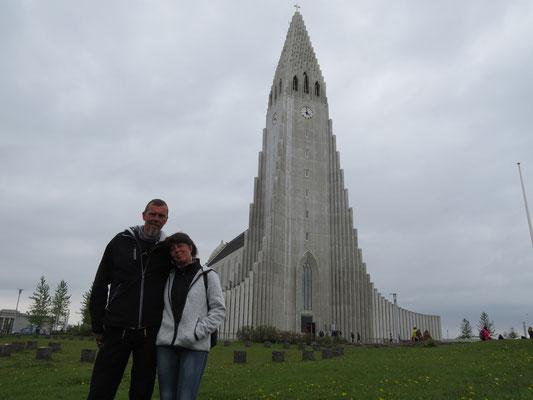 Das Wahrzeichen von Reykjavik, die Kirche
