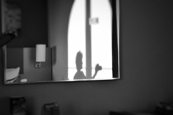 Schattenspiele in einem Hotel in Weimar.