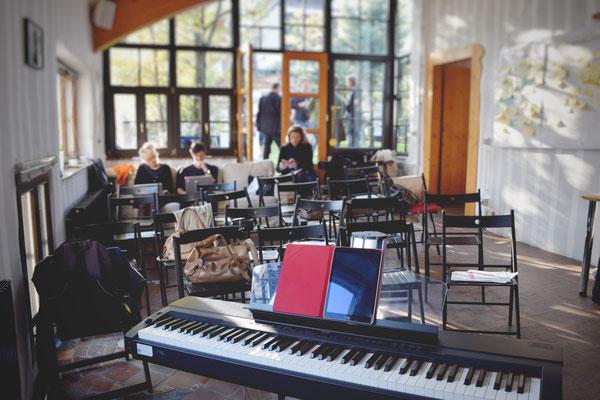 Ein Workshop mit Kunst- und Musikschulleitern über Kreativität und was sie kann in Wien.