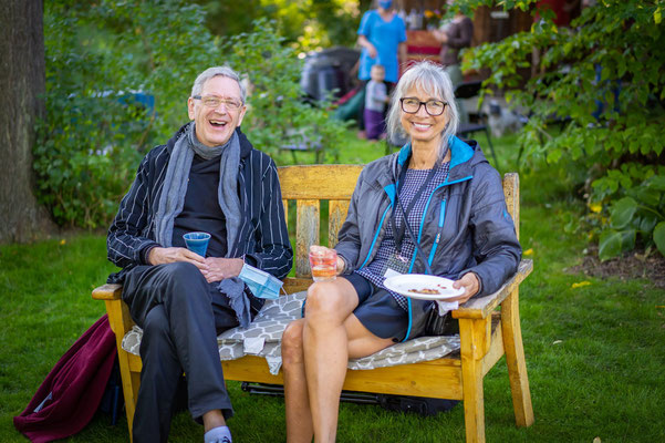 Keith Medley and Lynda Montgomery after the Sunday Garden Concert.
