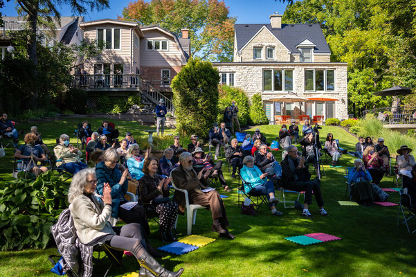 The Gabriel Zufelt Home was the scene of our final Garden Concert during Surreal Live.