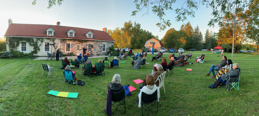 A shot of the opening night Garden Concert at Gallant Allder Home. Photo by Paul Eichhorn