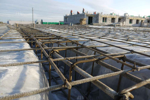 Baustelle mit Composite Bewehrungselementen