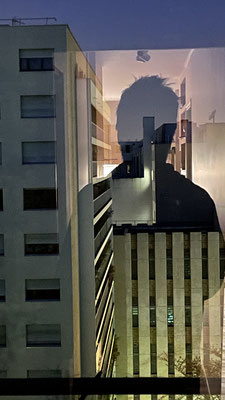 Par la fenêtre 13