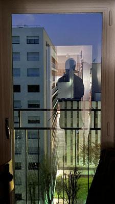 Par la fenêtre 14