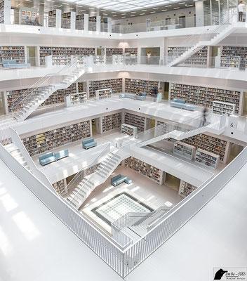 Stadtbibliothek Stuttgart / Yi Architects Aufnahme 1 / 4 - Vielen Dank für die Genehmigung zum Fotografieren und für die Veröffentlichung